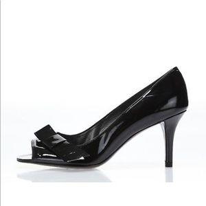 Stuart Weitzman Black Gloss Leather Pumps/Shoes